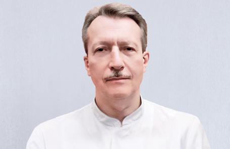 МИХАЙЛОВ Александр Викторович